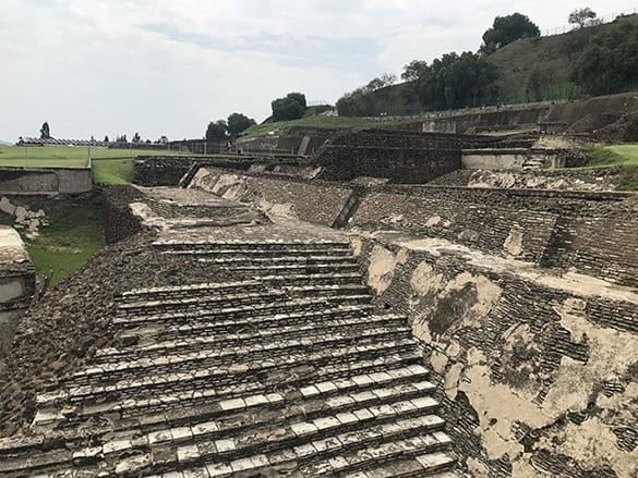 Puebla_great_pyramid_of_Cholula_malorie_mackey_malories_adventures