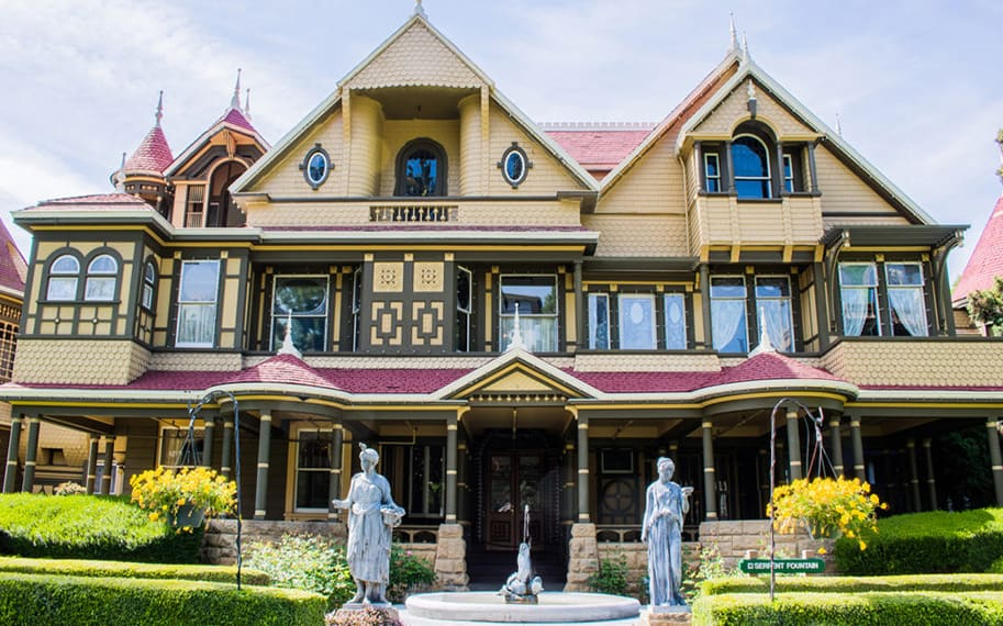 the-winchester-mystery-house-sarah-winchester-malorie-mackey-main-image-1000x600