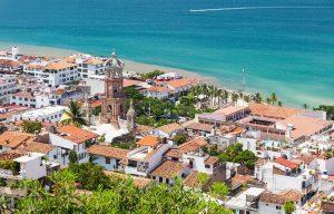why-you-should-visit-puerto-vallarta-art-malecon-main-image-malories-adventures