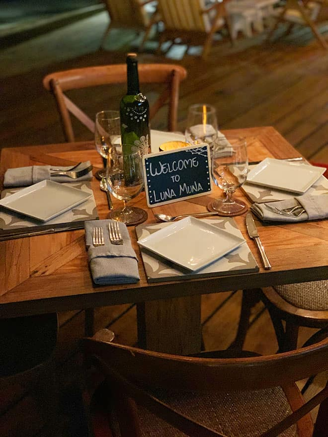 luna-muna-ibagari-boutique-hotel-table-setup-by-the-water