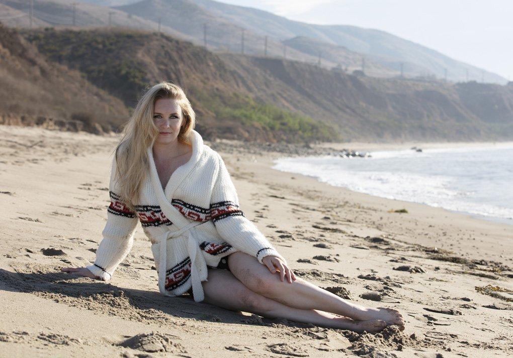 malorie-mackey-marilyn-monroe-photoshoot-beach-photoshoot-sexy-coy-jay-ablah (7)
