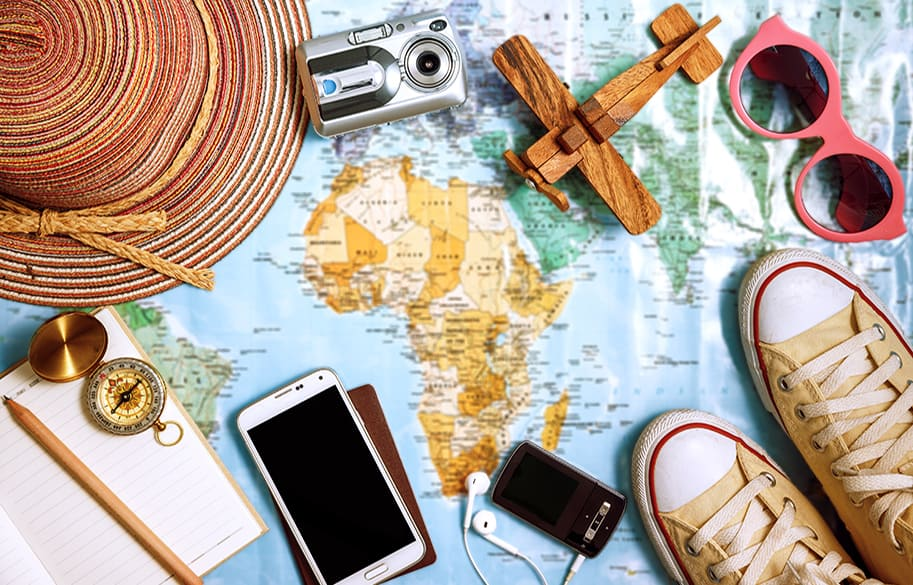 ultimate-packing-list-travel-essential-packing-list-malories-adventures