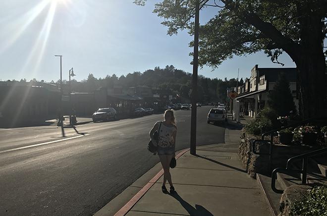 maloire-mackey-getaways-in-los-angeles-julian-main-town