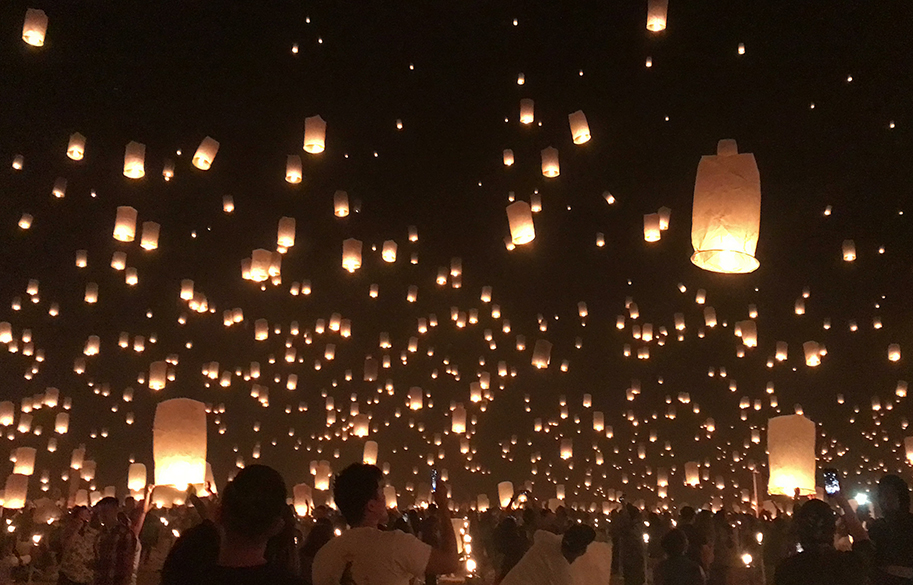 rise-lantern-festival-lights-up-the-sky-malorie-mackey-lanterns-main-image