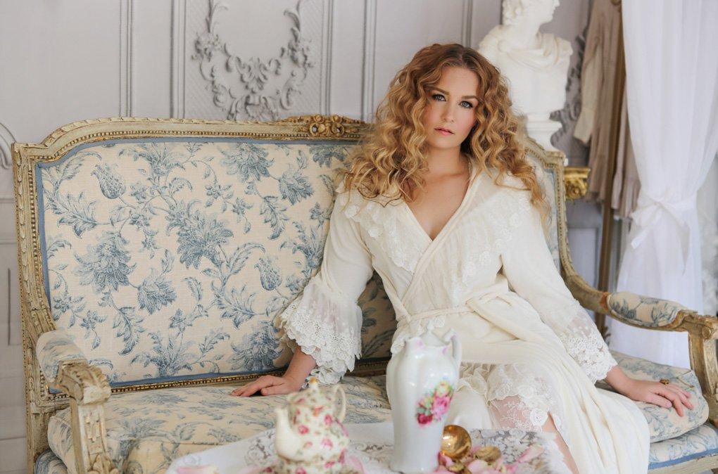 malorie-mackey-classic-beauty-victorian-shoot-katarina-van-derham-vintage-renaissance-old-time-shoot (5)