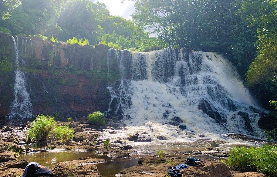 malories-adventures-hiking-kauai-hawaii-hoopi-falls-main-image-sm-header