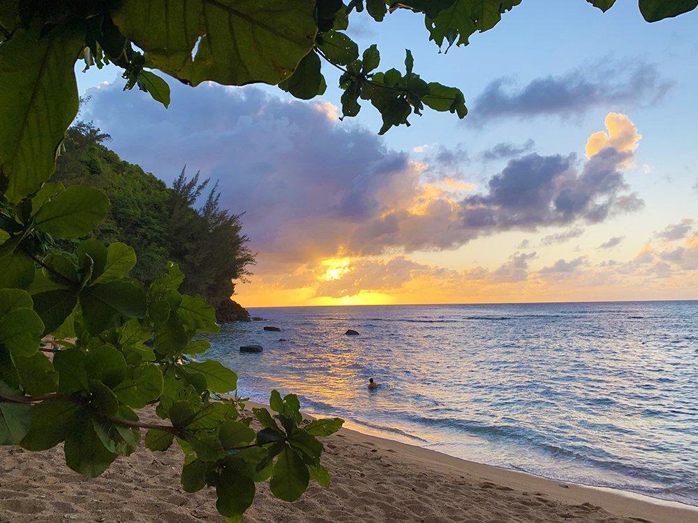 malories-adventures-hiking-sealodge-beach-hidden-beach-kauai-hawaii (4)