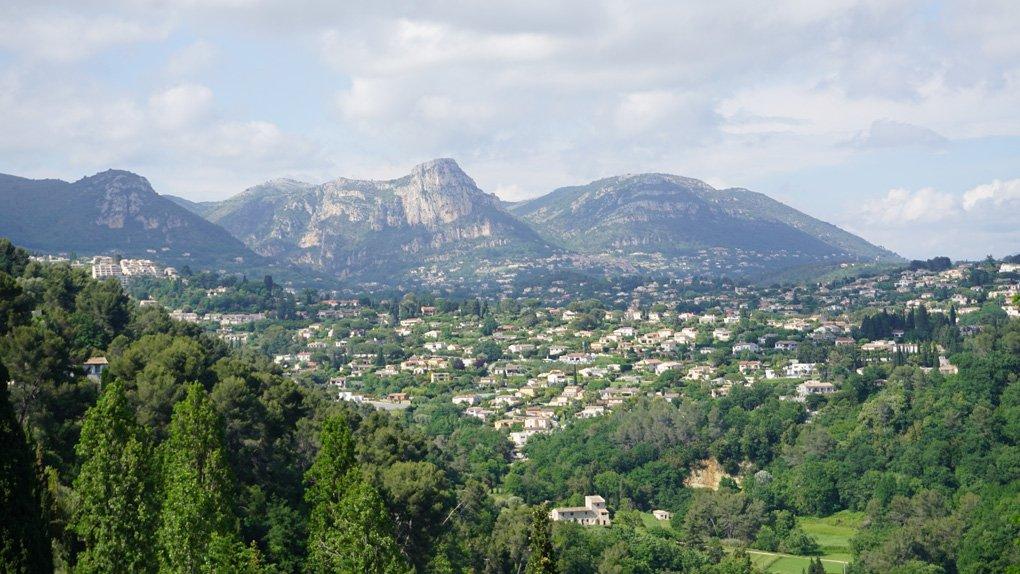 saint-paul-de-vence-france-french-countryside-medieval-village-malories-adventures