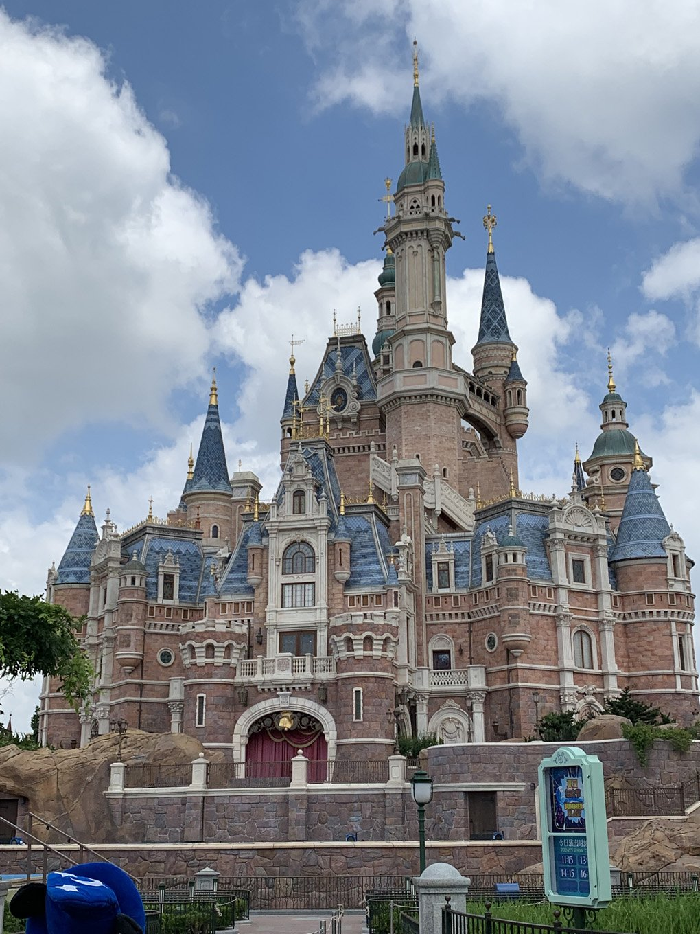 shanghai-disney-land-china-attractions-things-to-do-malories-adventures (1)